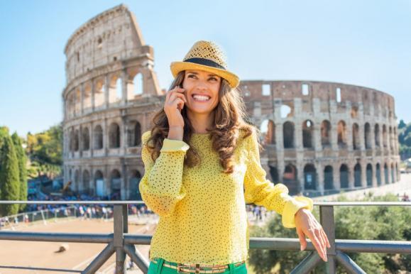 Pierwsze wakacje bez troski o rachunek telefoniczny (Centrum Prasowe)